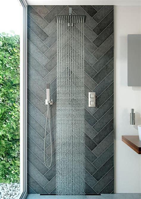 master badezimmerdusche fliesen ideen die besten 25 duscharmatur ideen auf master