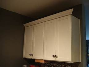 Molding On Top Of Kitchen Cabinets Crown Molding On Top Of Kitchen Cabinets Homecrack