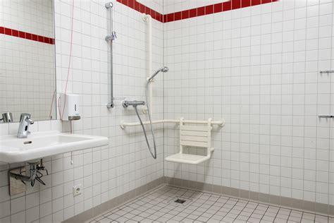 behindertengerechte badezimmer behindertengerechtes badezimmer