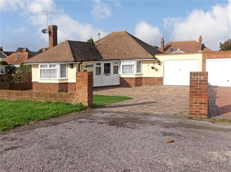 bungalow for sale in kent 3 bedroom bungalow for sale in canterbury road