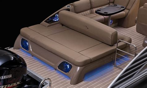 luxury pontoon boat seats r23 swingback pontoon boats by bennington