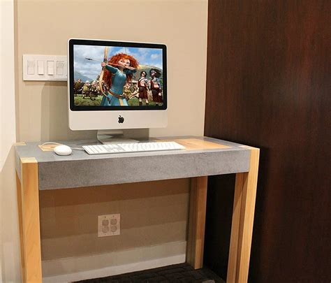 narrow desk hostgarcia