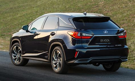 lexus crossover lexus goes bold with rx crossover