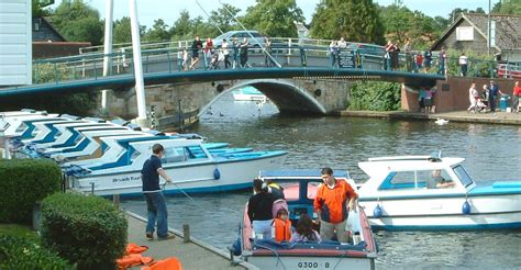 boat day norfolk broads holiday cottages wroxham self catering
