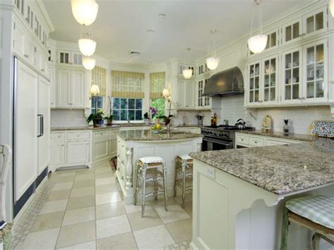 Kitchen Countertops White by Antique White Kitchen Cabinets With Granite Countertop