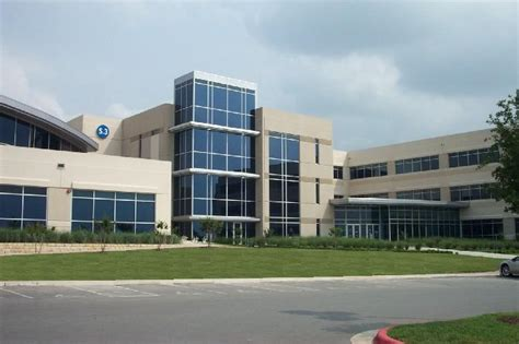 Dell Corporate Office by Dell Could Benefit From Hp Selling Its Pc Business Kut