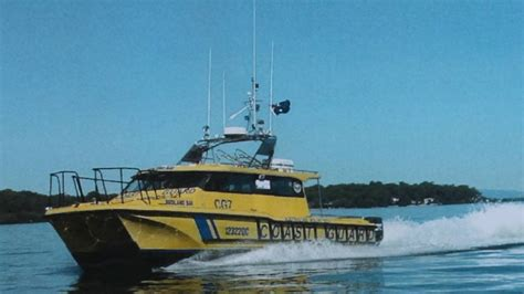 redland bay boat r three hour boat rescue by redland bay coast guard