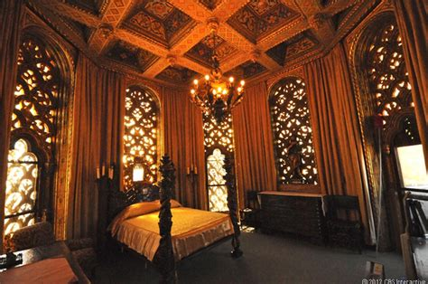 Castle Tower Bedroom inside hearst castle america s favorite palace pictures