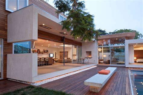 Veranda Vorm Haus by Eco Friendly Appleton Residence In Venice