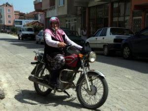 yasindaki ninenin motosiklet tutkusu