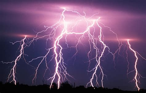 lighting images true facts about some lightning myth