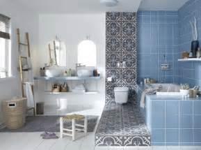 comment choisir sa peinture de salle de bains travaux