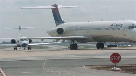 hartsfield jackson atlanta international airport to extend plane tunnel atlanta business