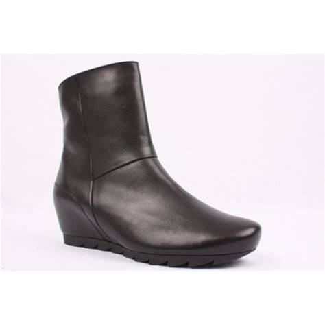 paul green 7420 117 black leather wedge boot paul green