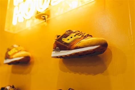waffle house las vegas feature x saucony quot waffle house quot all agenda show di las vegas blog sneakers italia
