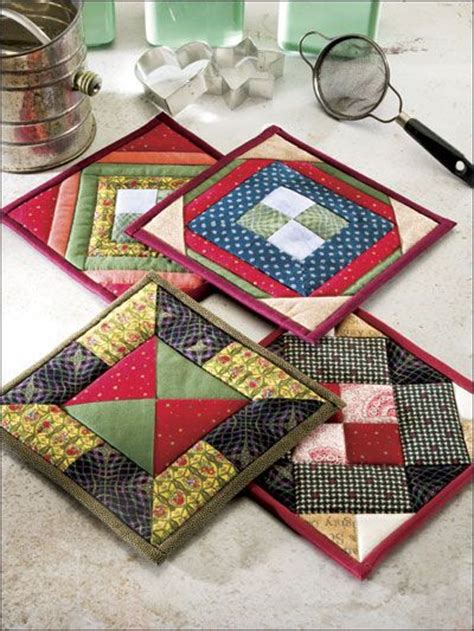 Fast Quilting Projects Pot Holders Mug Rugs Pincushions - placemats potholders on 33 pins