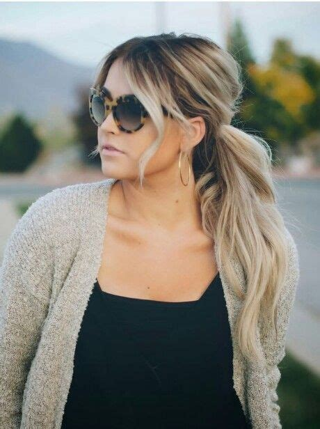 grown out blonde hairstyle best 25 grown out highlights ideas on pinterest medium
