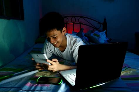 Detox From Screen Addiction by Tweens And Screens Are We Raising An Addicted Generation