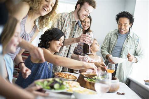 amici a tavola quot cibo come strumento di incontro tra popoli e la dieta