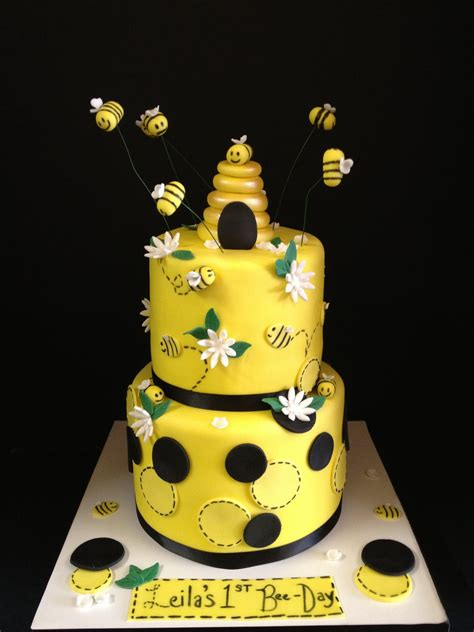 Bee Decorations For Cakes by Bee Themed Cake