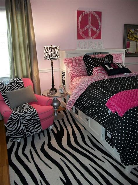Pink Zebra Bedroom Decor by Best 25 Pink Zebra Rooms Ideas On Pink Zebra
