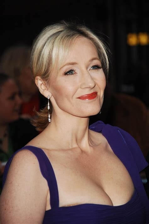 j k picture of j k rowling