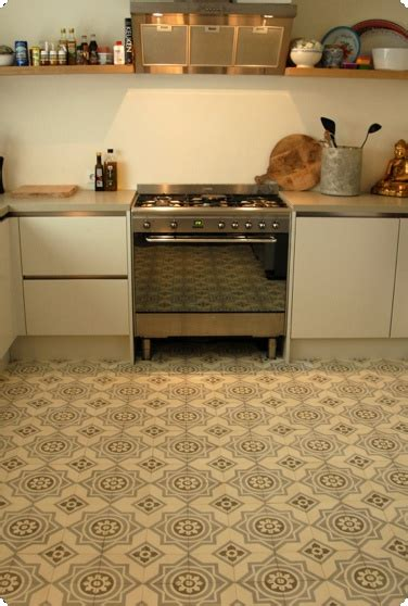 Handmade Tiles Kitchen - 21 best images about carreaux on grey tile