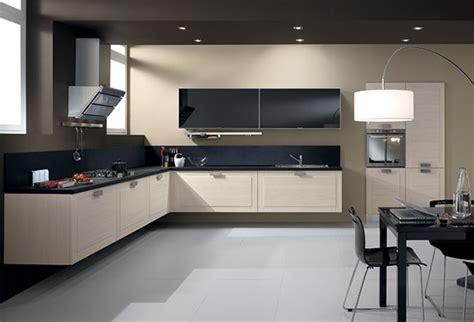 mobili cucine moderne cucine moderne componibili e cucine su misura spar