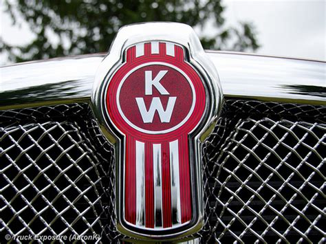 kenworth emblem kenworth t660 emblem flickr photo