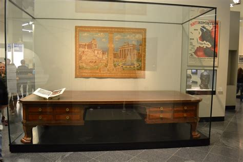 Globe Desk This Was S Desk Now In A Museum Pics