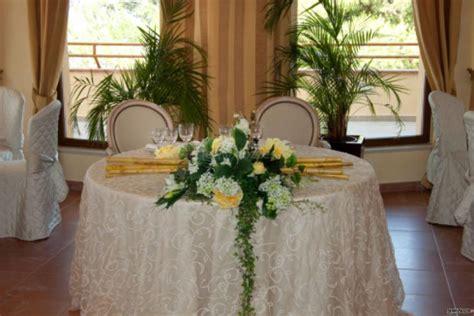 tavolo nuziale il tavolo nuziale apparecchiato arco azzurro