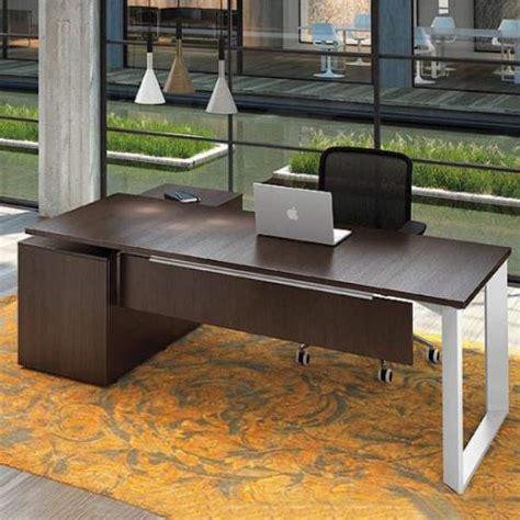 scrivanie in cristallo per ufficio il design e l eleganza delle scrivanie per l ufficio
