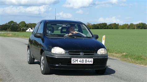 corsa swing 1997 opel corsa swing 1 4l engine start up reving
