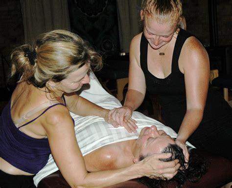 lomi lomi massage draping sacredlomi com lomi lomi workshop images