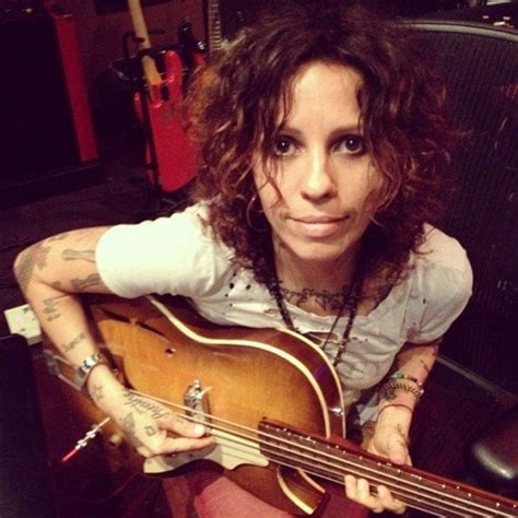 linda perry on the view linda perry pictures metrolyrics