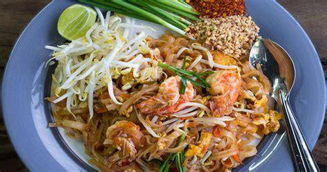 kuliner khas thailand  wajib kamu coba