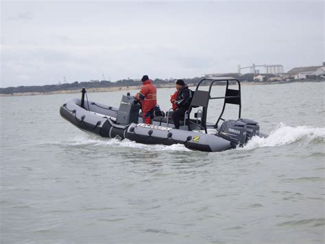zodiac boat dealer zodiac milpro srr responder rib www penninemarine