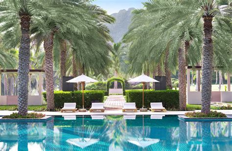 Luxury Hotels and Resorts   The Ritz Carlton