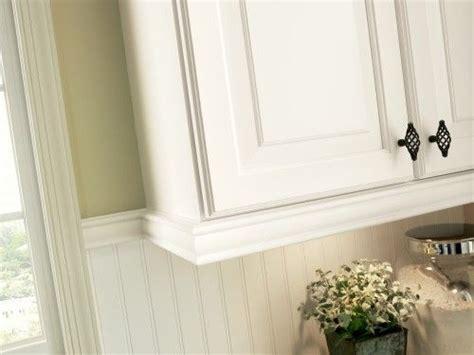 Cabinet Light Rail Moulding by Best 25 Cabinet Trim Ideas On Kitchen Cabinet