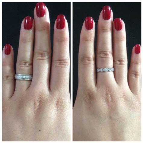 izyaschnye wedding rings wedding ring worn on middle finger