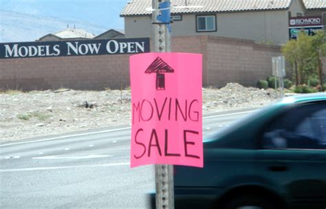 Garage Sales Las Vegas Big Sale Follow The Signs Living Las Vegas