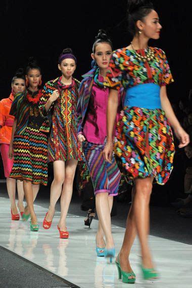 Kain Batik Motif Songket Bima fitinline kain tenun mbojo