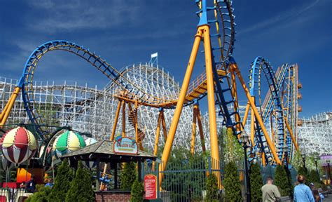 theme park upstate new york six flags great escape glens falls roadtrippers