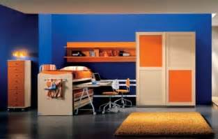 orange and blue rooms the split complementary colors in this room are dark blue light blue and orange there s also