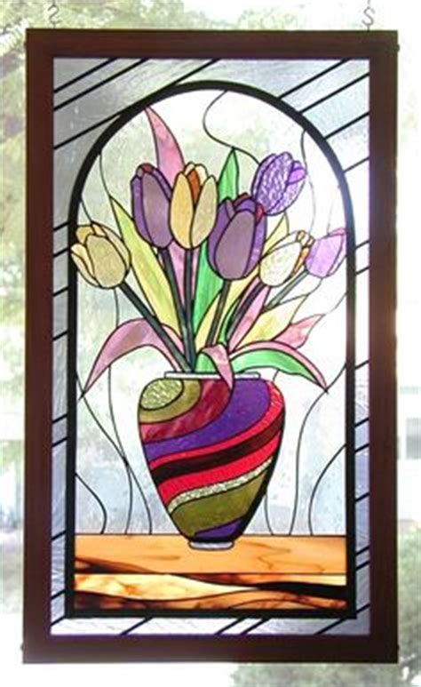 Stained Glass Vase Patterns by Stained Glass Flowers On Stained Glass