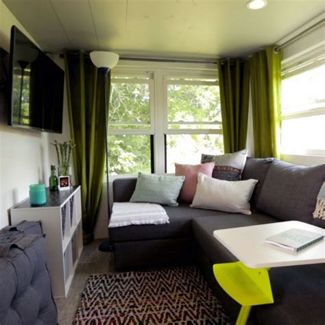 tiny house living room 25 best ideas about tiny house nation on mini