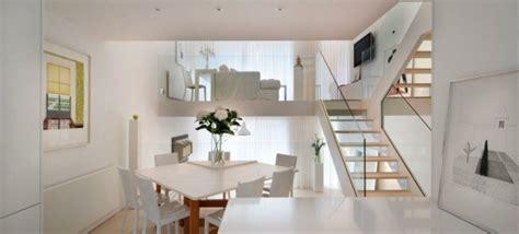 Wohnzimmer Zwei Ebenen by Einraumwohnung Einrichten Operieren Sie Clever Mit Ihrem