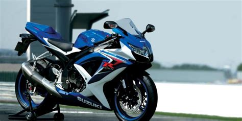 Suzuki Gsxr 750 India Suzuki Gsx R750 Superbike Test Ride