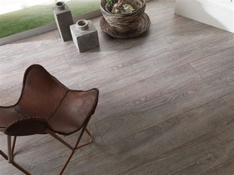 Modern Laminate Flooring by Modern Laminate Flooring Home Decorating Excellence