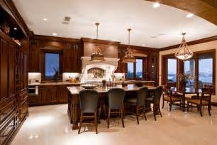 Kitchen Dining Lighting Ideas by Luxury Kitchen And Dining Room Design With Elegant